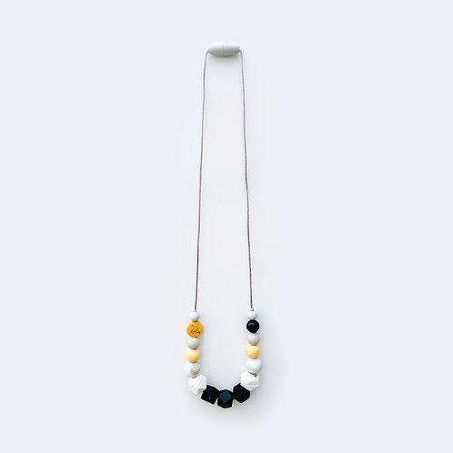 Ogrlica za mame - crno / bela