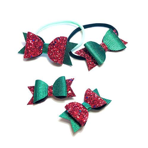 Šnalice i trakice sa crvenim i zelenim šljokicama