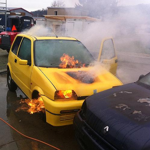 fahrzeugbrand / FIRECAR