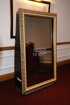 mirror photo booth.jpg