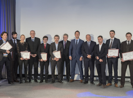 Earthcube rewarded by CNES CEO at the Excellence Française ceremony