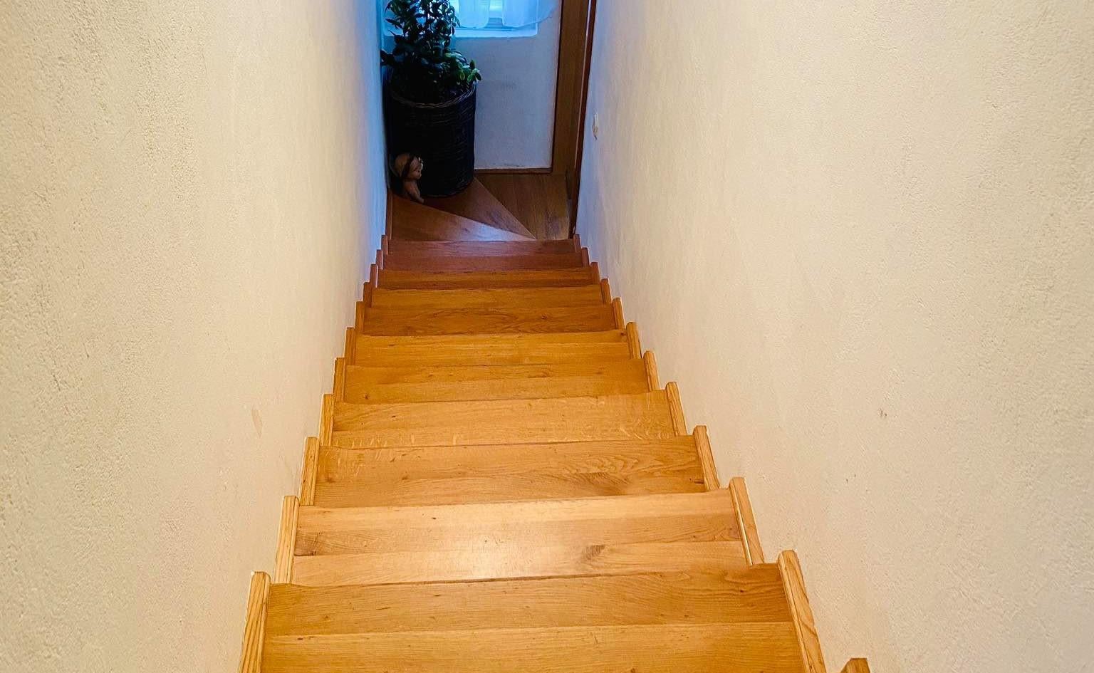 TK-2000-Stepenice.jpg
