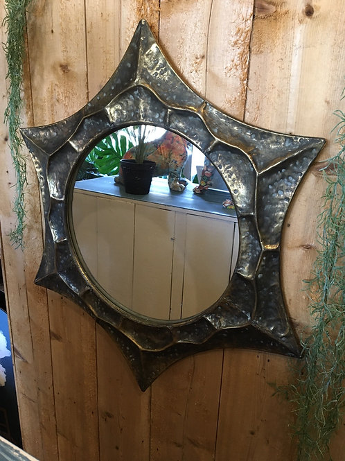 Atoile mirror