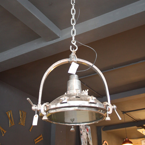 Oversized industrial pendant