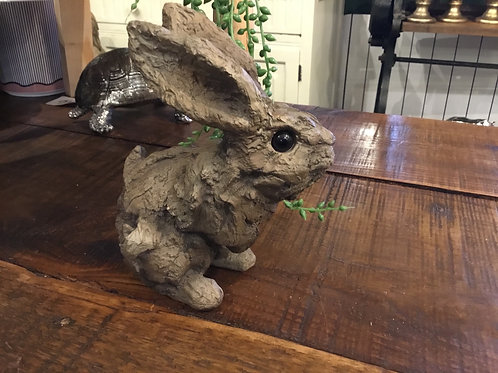 Wood effect bunny 7in