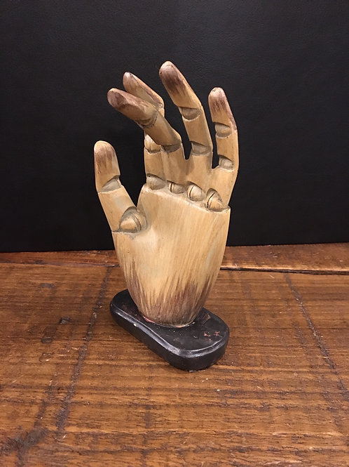 Hand (wall or shelf)