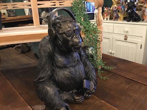 Gorilla with headphones 14in