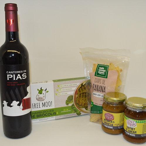 Combo Hambúrguer Gourmet + vinho Cantores de Pias
