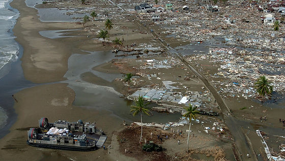 tsunami-67499_1920.jpg