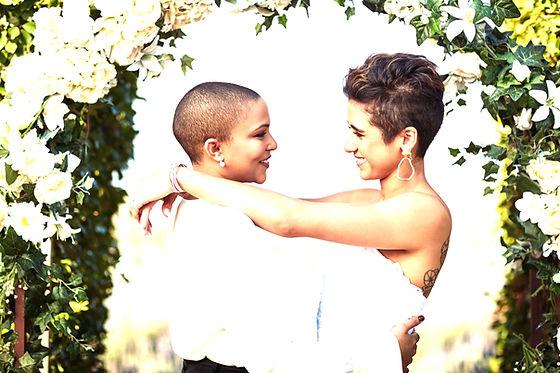 Couples%20Hug_edited.jpg