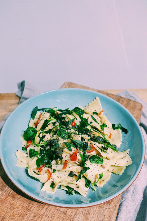 Fresh farfalle pasta with fresh sea purslane, watercress and anchovies