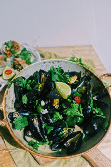 Thai mussels with lemongrass, galangal and chili