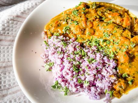 Clean Coconut Chicken Curry w. Cauliflower Rice (dairy free + gluten free + paleo + keto)
