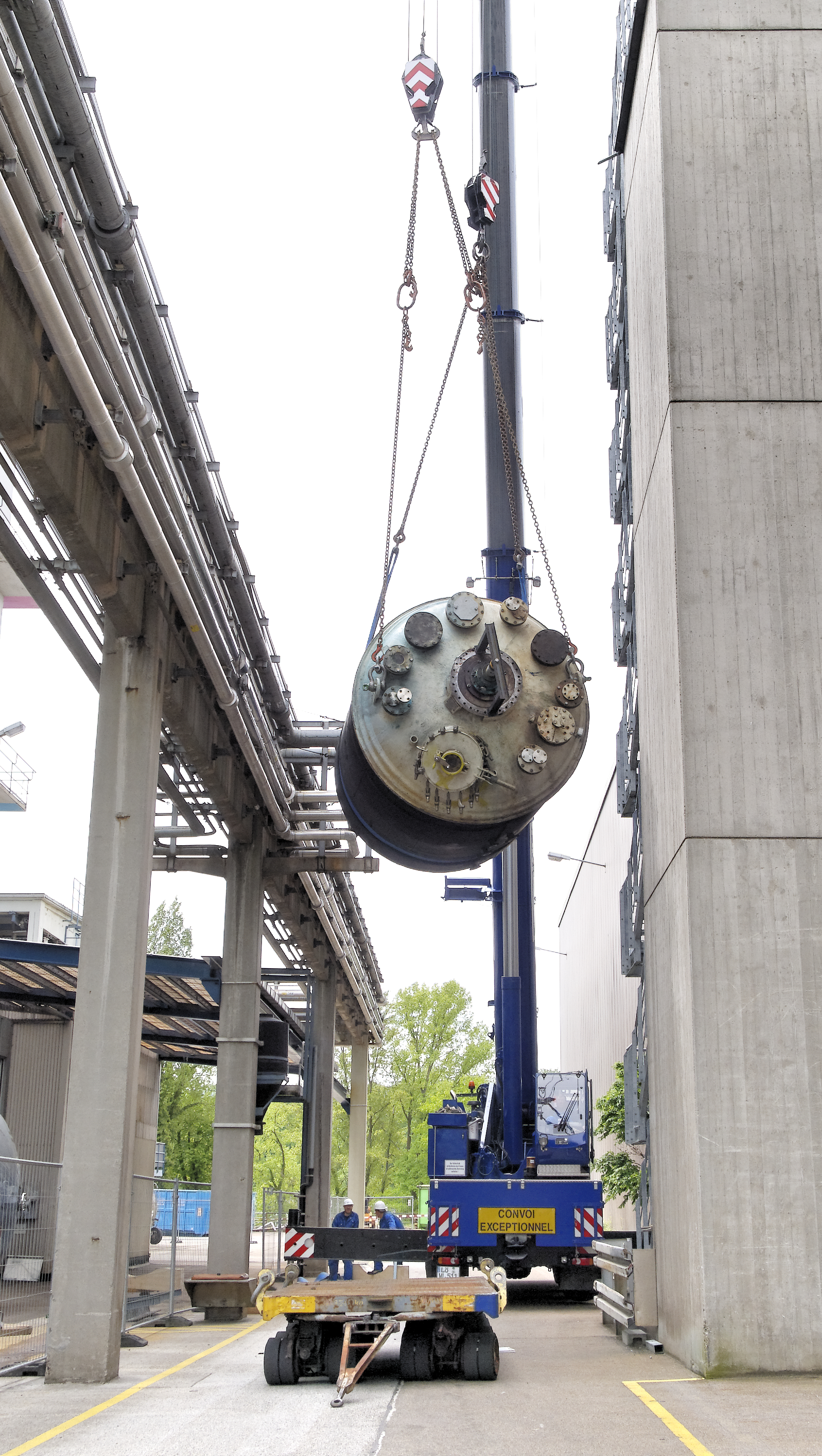 removal of an industrial tank