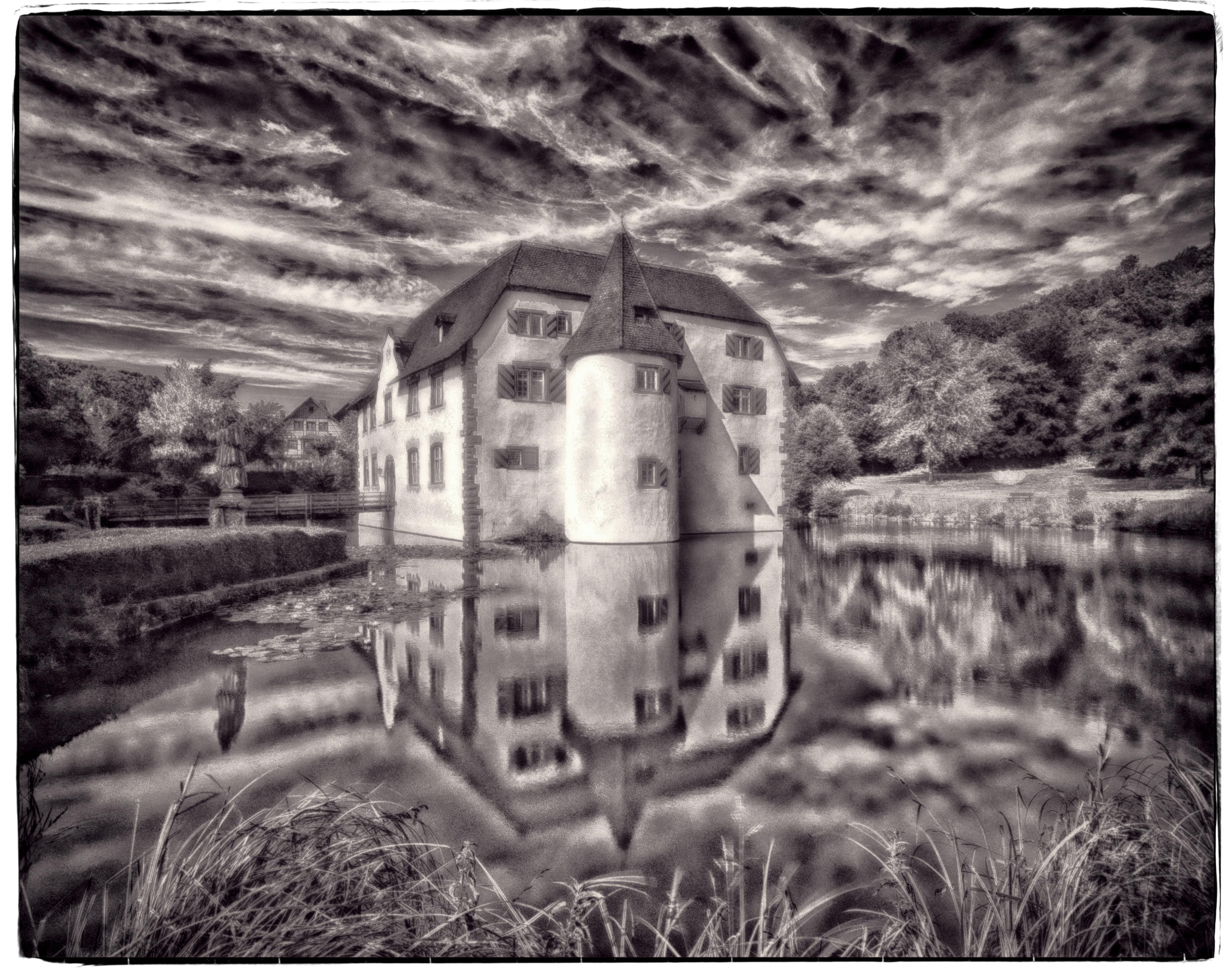 the water castle of Inzlingen