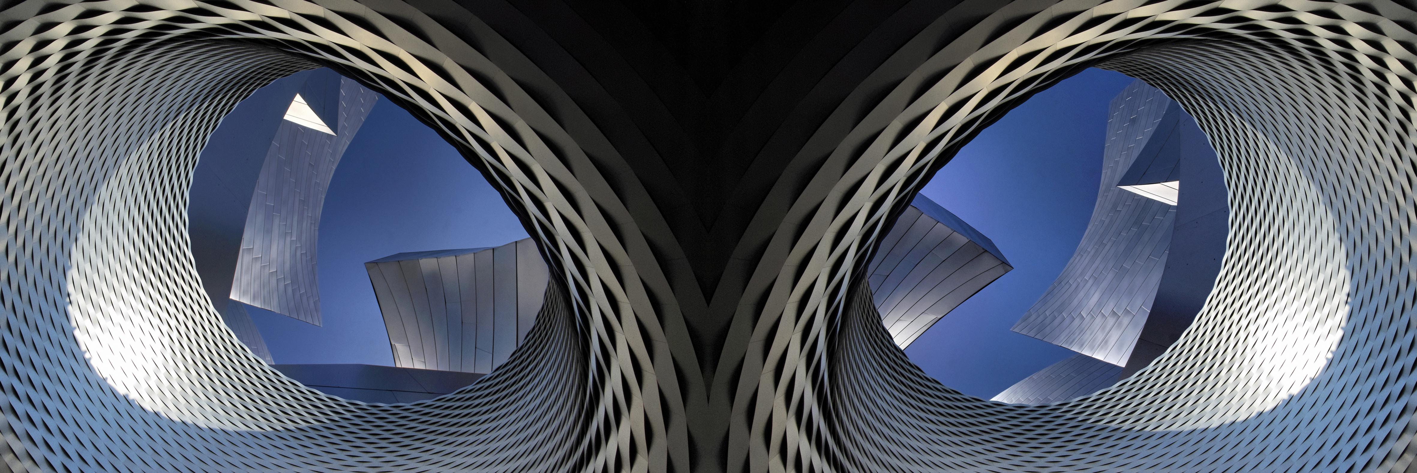 Herzog & de Meuron meets F. O. Gehry