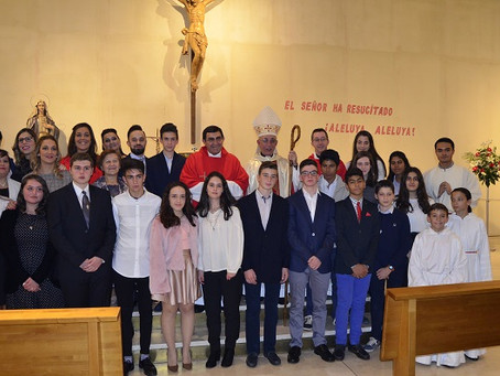 Dieciséis jóvenes se confirman en la parroquia