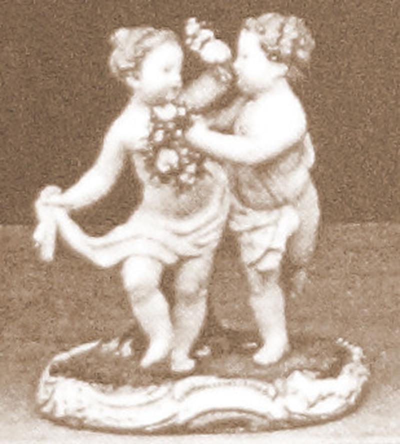 超希少 マイセン 珍品 meissen グループフィギュリン 古典 フィギュリン 18世紀 人形 入荷予定 ケンドラー 日本未発売 kaendler 王侯貴族文化 古マイセン 新古典主義 19世紀 天使群像 天使