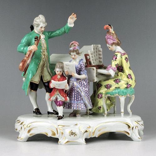 マイセン 人形 ロココ 家族の音楽会 ジョセフ・クラマー作 1903年原型