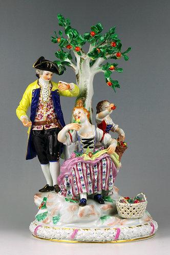 マイセン 人形 フィギュア 林檎の木の下で アシエ大型名作 限定
