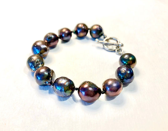 Peacock Colored Freshwater Pearl Bracelet