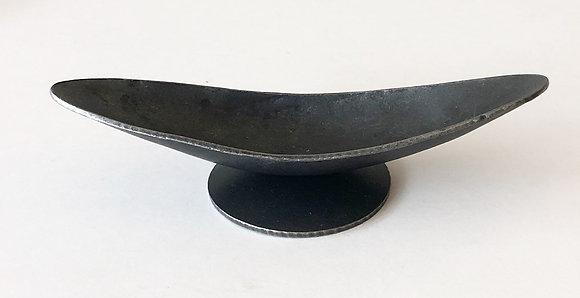 Medium Iron Arc Vessel