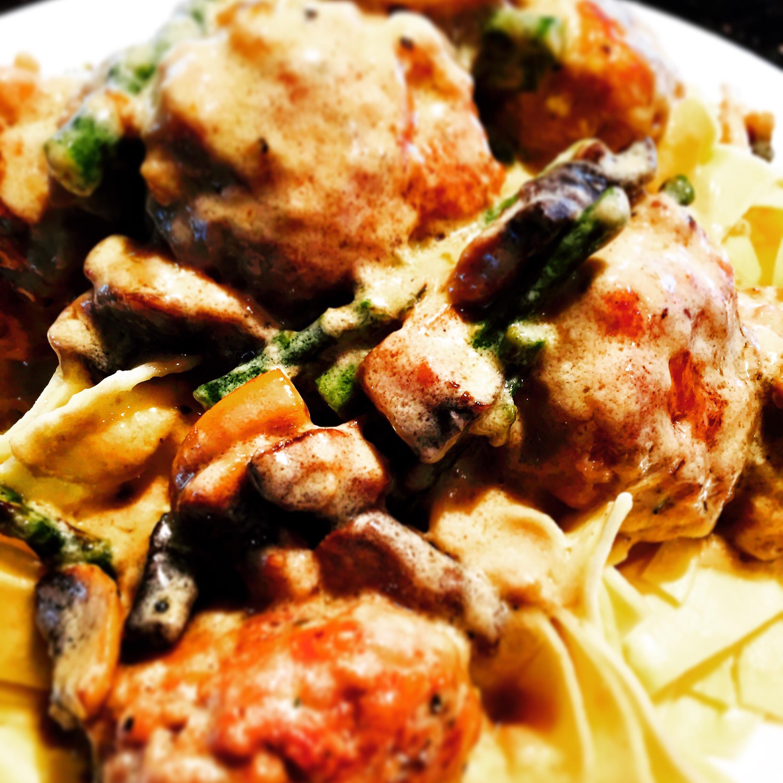 Chicken mushroom meatballs