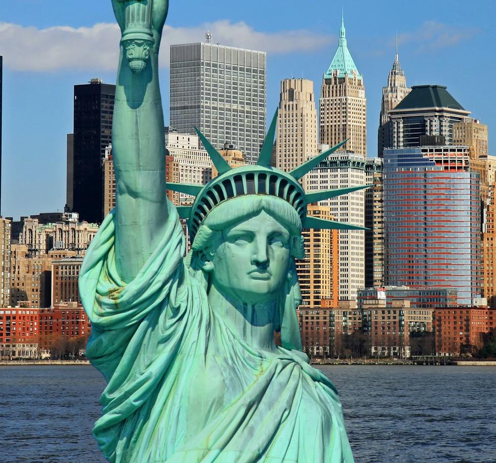 the-statue-of-liberty_wallpaper.jpg