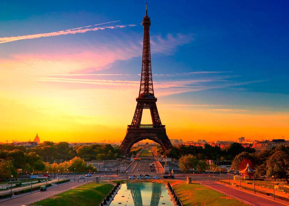 SN PARIS.jpg