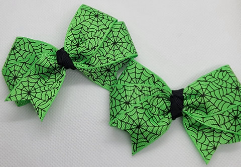 Green Spiderweb Bow