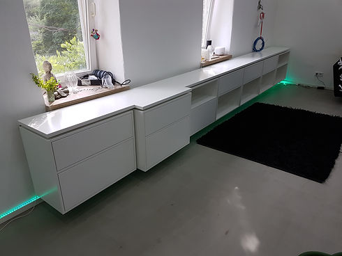 Sideboard weiß lackiert.jpg