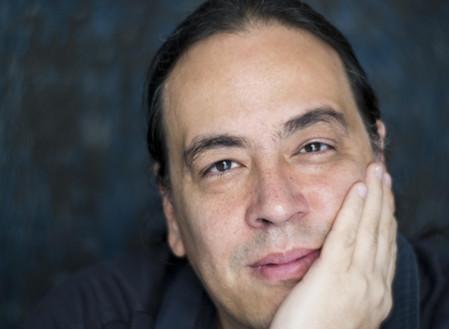 Escritor venezolano Juan Carlos Méndez Guédez nos habla de su novela publicada en Madrid