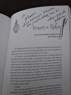 Antología de relatos navideños varios autores. Firma Juan Carlos Méndez Guédez