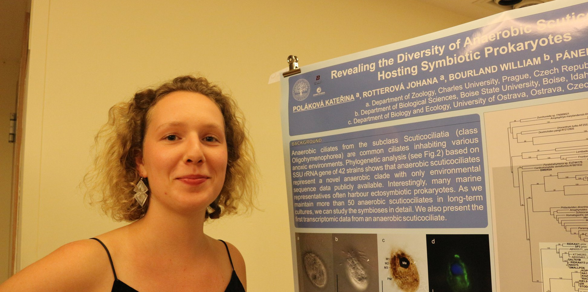 Katka presenting her poster at ECOP 2019