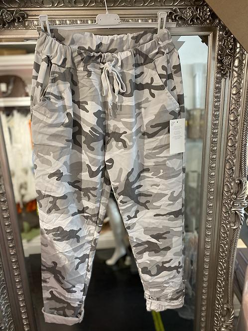 Cargo Magic Trouser - white