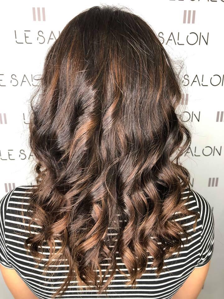 coiffure wavy brune coiffeur salon de provence