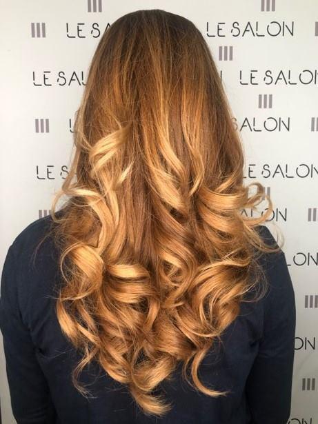 boucle wavy coiffure salon de provence
