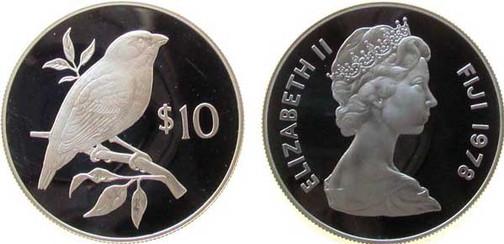 Abb. 1: 10 Dollars 1978, 15 Jahre WWF – Schwarzstirn-Papageiamadine,  925er Silber, 28,28 g, Ø 38,61 mm, Münzstätte [British] Royal Mint Abb. 1: 10 Dollars 1978, 15 Jahre WWF – Schwarzstirn-Papageiamadine,  925er Silber, 28,28 g, Ø 38,61 mm, Münzstätte [British] Royal Mint
