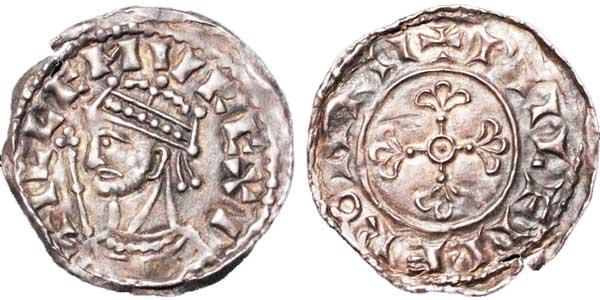 Wilhelm I. (1066–1087). Penny, geprägt 1066–1068, Münzstätte Romney, Münzmeister Wulfmær. Kopfbild mit Zepter nach links. Umschrift: +PILLEMVS REXI. Rückseite: Zierkreuz, Umschrift: +PIILFMÆR ON RII