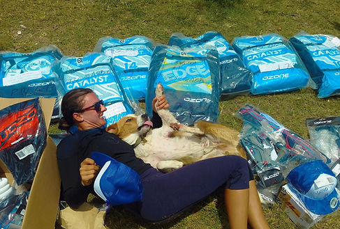 Ozone Kite Gear and man's best friend in Cook Islands