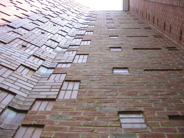 Brick Hinge
