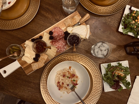 Five Must Haves For an Intimate Dinner Party