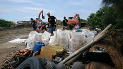 Subs Beach Clean Up Taiwan