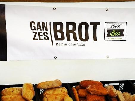 Ganzes Brot - Best Rosinenschnecke (Raisin Snail?) and Apfeltasche (Apple Turnover) in Berlin!