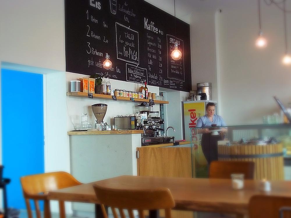 Nunzio's Cafe