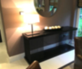 custom des furniture.JPG