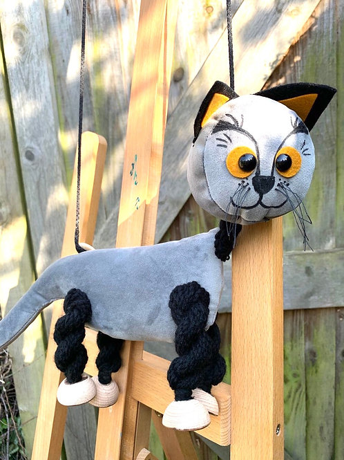 Oliver Cat Grey