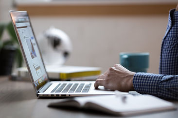 laptop-2557586_1920.jpg