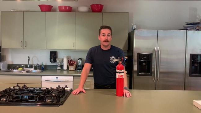 Safety Bridage Sunday - Extinguishers.mp