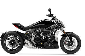 XDiavel-S-Black-MY21-Model-Preview-1050x